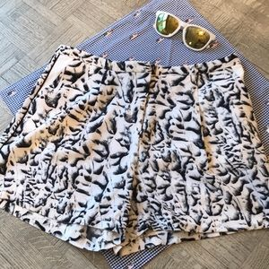 Philosophy black and white shorts. Size 10
